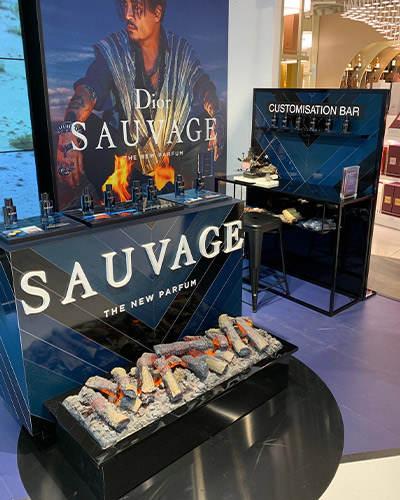 animation podium Dior sauvage -Travel retail Groupe Elba